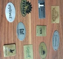 Sản xuất các sản phẩm logo mark ăn mòn, kéo lụa